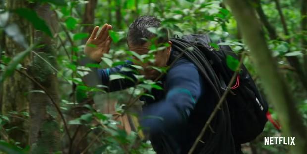 Sau Bandersnatch, Netflix chiêu đãi fan phim tương tác một cuộc chiến sinh tồn nơi hoang dã - Ảnh 4.
