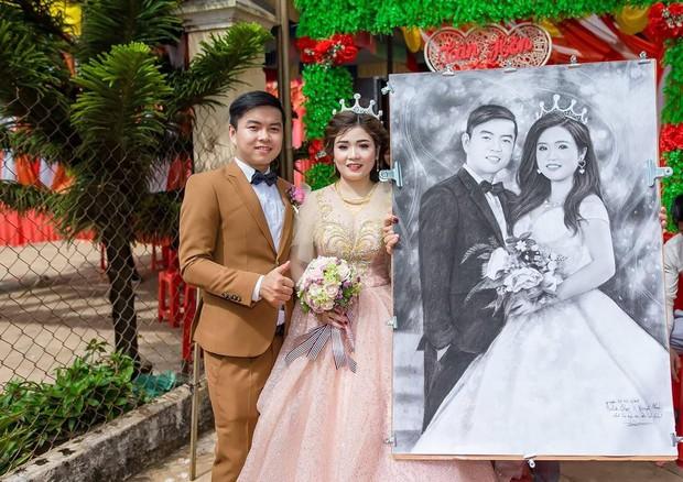 Chơi thân với một anh chàng có khiếu hội họa nghĩa là quà cưới của bạn chắc chắn sẽ hơn cả hai chữ đặc biệt - Ảnh 1.