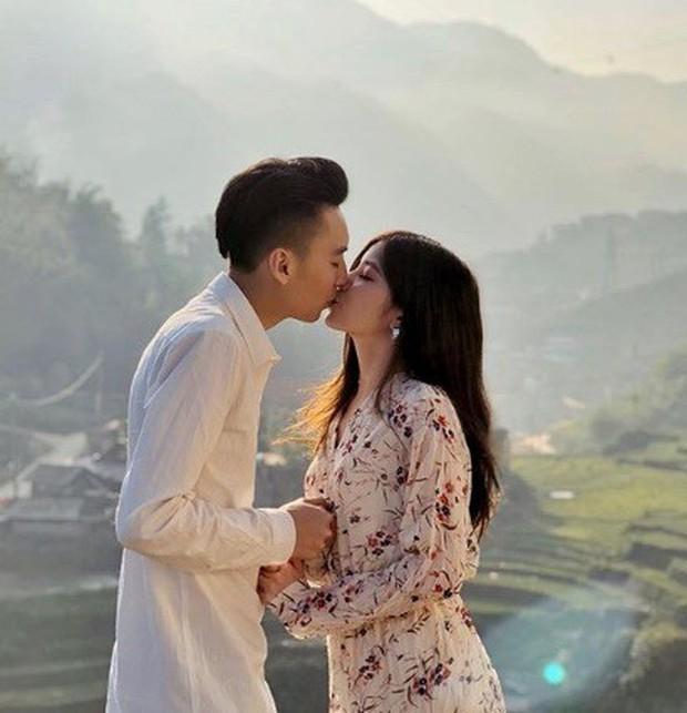 Club bạn trai hot girl Việt: Toàn những gương mặt điển trai, giàu có và cuộc sống ngập tràn đồ hiệu - Ảnh 19.