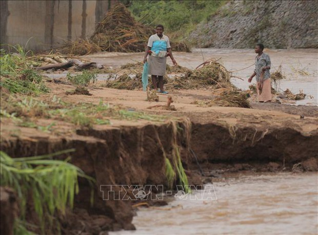 Hơn 1.000 người dân Mozambique thiệt mạng do bão nhiệt đới Idai  - Ảnh 1.
