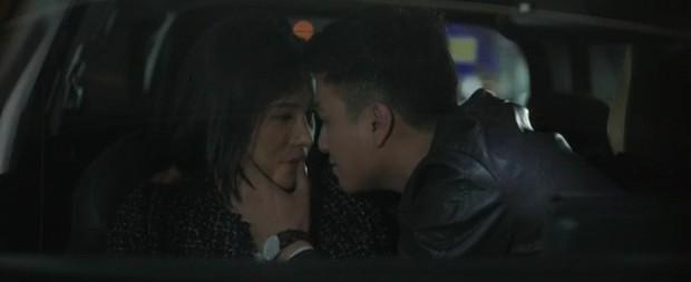 Vừa tát sấp mặt vợ, Mạnh Trường đã vội tìm đến bồ cũ Lưu Đê Ly trong Chạy Trốn Thanh Xuân tập 32 - Ảnh 3.