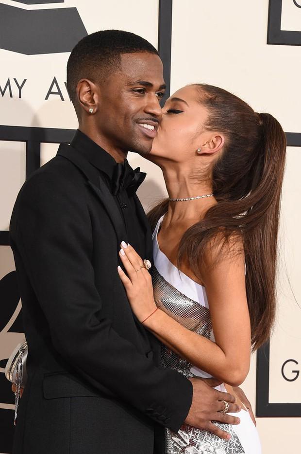 Chia tay nhau đã 4 mùa xuân, Thánh bùng show Ariana Grande bất ngờ quay trở lại hẹn hò với tình cũ? - Ảnh 1.