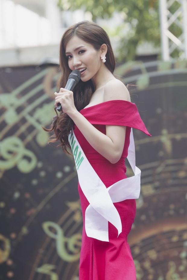 Đột nhập hậu trường Hoa hậu Chuyển giới Quốc tế: Nhật Hà và dàn thí sinh gấp rút tổng duyệt trước đêm thi quan trọng - Ảnh 1.