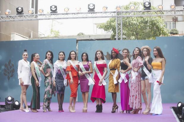 Đột nhập hậu trường Hoa hậu Chuyển giới Quốc tế: Nhật Hà và dàn thí sinh gấp rút tổng duyệt trước đêm thi quan trọng - Ảnh 6.