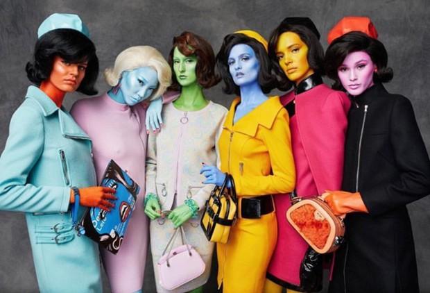 Germanys Next Top Model nhuộm da đủ màu sặc sỡ cho thí sinh nhưng sao thấy quen quen - Ảnh 1.