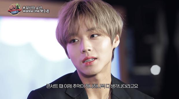 Hot boy nháy mắt tiết lộ về mối quan hệ giữa các thành viên sau khi Wanna One tan rã - Ảnh 2.