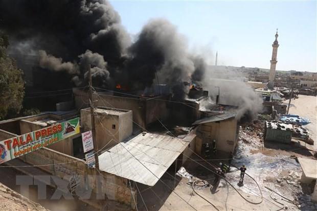 Syria: 30 người thương vong trong vụ đánh bom liều chết tại Idlib  - Ảnh 1.