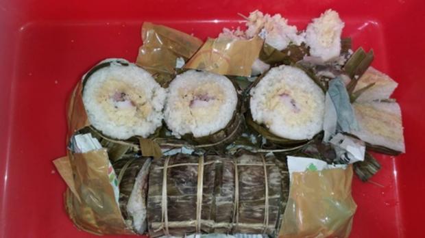 Mang 2 chiếc bánh tét đến Đài Loan, người phụ nữ Việt Nam bị yêu cầu nộp phạt 150 triệu đồng - Ảnh 1.