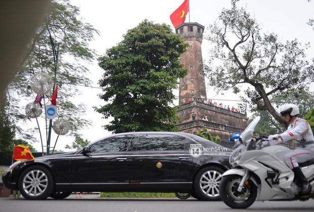 Chủ tịch Triều Tiên Kim Jong-un đến viếng đài tưởng niệm các Anh hùng, Liệt sĩ và lăng Chủ tịch Hồ Chí Minh - Ảnh 13.