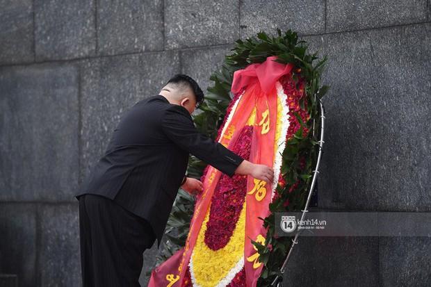 Chủ tịch Triều Tiên Kim Jong-un đến viếng đài tưởng niệm các Anh hùng, Liệt sĩ và lăng Chủ tịch Hồ Chí Minh - Ảnh 16.