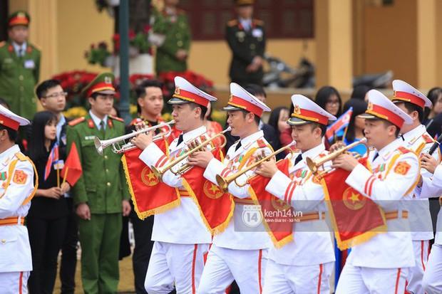 Ông Kim Jong-un vẫy tay tạm biệt và cảm ơn Việt Nam, lên tàu bọc thép trở về Triều Tiên - Ảnh 17.