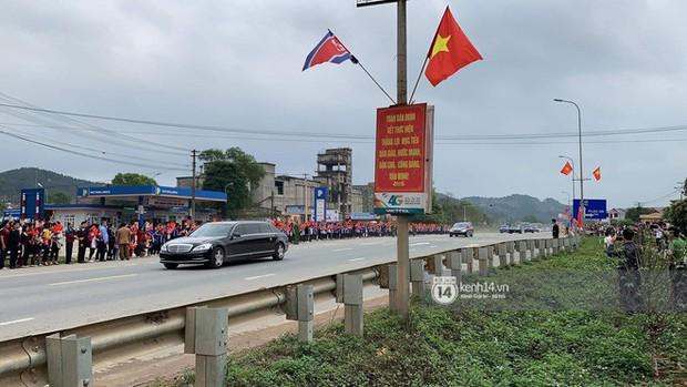 Ông Kim Jong-un vẫy tay tạm biệt và cảm ơn Việt Nam, lên tàu bọc thép trở về Triều Tiên - Ảnh 24.