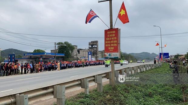 Ông Kim Jong-un vẫy tay tạm biệt và cảm ơn Việt Nam, lên tàu bọc thép trở về Triều Tiên - Ảnh 25.