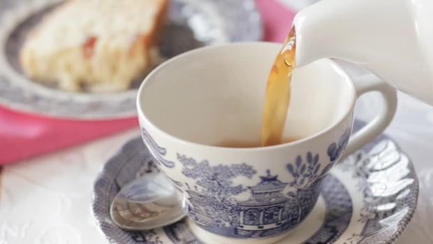 Không chỉ beefsteak, cả trà chiều kiểu Anh cũng có biết bao nhiêu thuật ngữ mà hội mê uống trà cần phải biết - Ảnh 3.