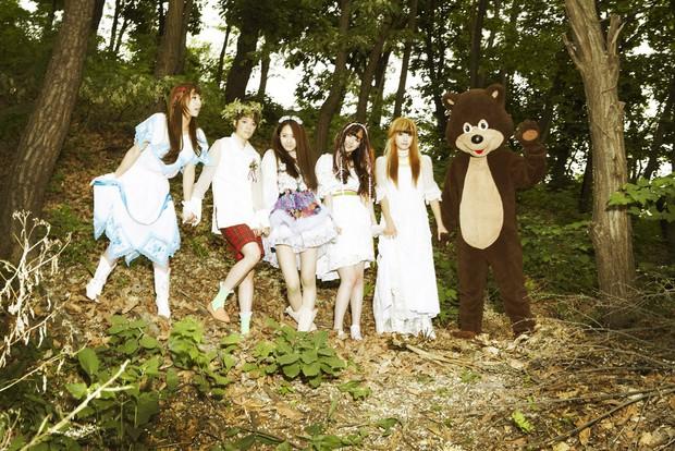 Nhìn lại những concept độc nhất vô nhị dẫn đầu xu hướng này có thể khẳng định: f(x) chính là nhóm nhạc nữ độc đáo nhất Kpop - Ảnh 5.