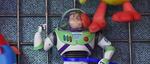 Cả rổ đồ chơi quen thuộc trở lại đối đầu búp bê quỷ ám trong trailer Toy Story 4 - Ảnh 7.