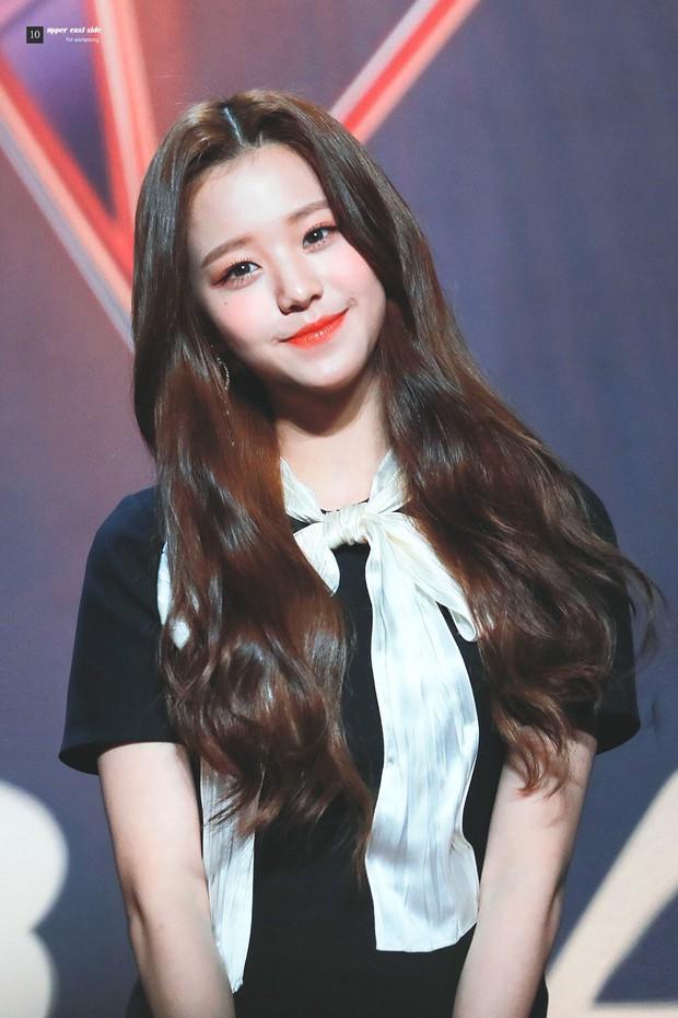 """Hội """"em út"""" quyền lực trong các girlgroup Kpop: Không mang visual đỉnh cao thì khí chất cũng """"át vía"""" các chị trên sân khấu - Ảnh 6."""