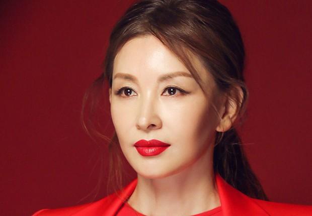 Chỉ 2 ngày sau scandal ép Jang Ja Yeon tự tử rộ lên, quý bà Lee Mi Sook bình thản nhận vai diễn mới? - Ảnh 3.