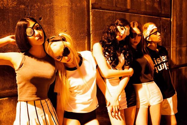Nhìn lại những concept độc nhất vô nhị dẫn đầu xu hướng này có thể khẳng định: f(x) chính là nhóm nhạc nữ độc đáo nhất Kpop - Ảnh 8.
