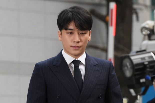 Chưa hết phốt: Seungri bị tố sử dụng cocaine ở nước ngoài, luật sư chính thức lên tiếng - Ảnh 1.