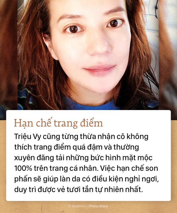Bí kíp giúp Triệu Vy luôn giữ vững đẳng cấp nhan sắc trẻ trung, xinh đẹp - Ảnh 3.