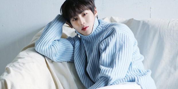 """Thành viên Wanna One sau tan rã: Ai cũng có nơi có chốn, riêng """"center quốc dân"""" đã lận đận còn bị vạ lây từ scandal Seungri - Ảnh 5."""