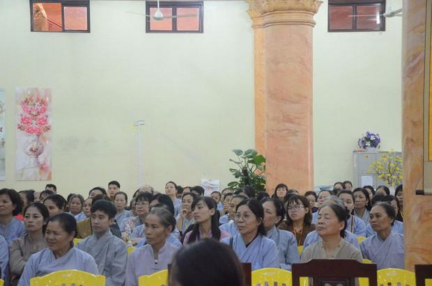 Trụ trì chùa Ba Vàng xác nhận có giải vong báo oán nhưng là tự nguyện, không ép buộc hay hù dọa - Ảnh 1.