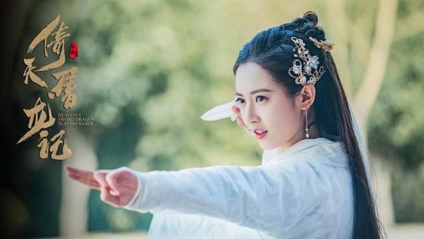 Vây quanh là 4 mỹ nhân tài sắc vẹn toàn, khán giả còn phải bối rối không biết ship Trương Vô Kỵ với ai ở Tân Ỷ Thiên Đồ Long Ký - Ảnh 12.