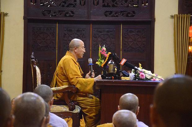 Trụ trì chùa Ba Vàng xác nhận có giải vong báo oán nhưng là tự nguyện, không ép buộc hay hù dọa - Ảnh 9.