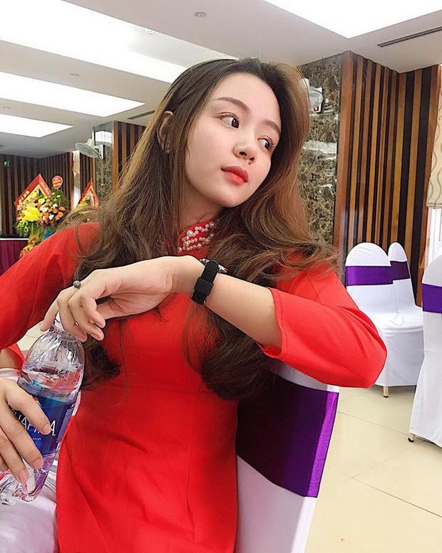 Một giây mệt mỏi, gái xinh Nghệ An đâu ngờ được báo Hàn gọi hẳn là: Công chúa ngủ trong bệnh viện - Ảnh 6.