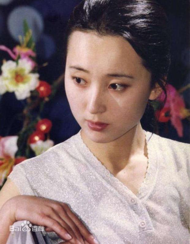 Số phận cùng cực của mỹ nhân Hồng Lâu Mộng Trần Hiểu Húc: Phim vận vào đời, tiên nữ cạo trọc vì bệnh ung thư - Ảnh 6.