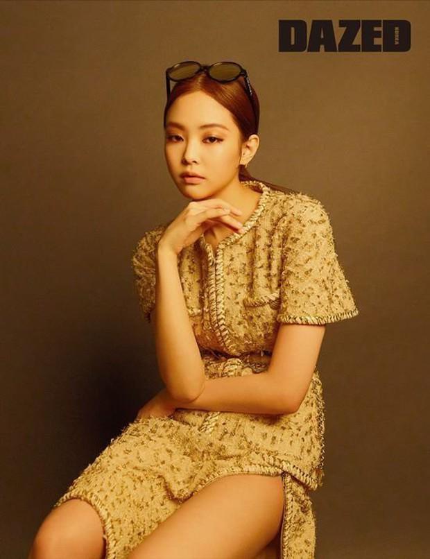 Cùng lên bìa 1 tạp chí nhưng sau 2 năm, vẻ đẹp và thần thái của Jennie (Black Pink) đã thay đổi ngoạn mục - Ảnh 5.