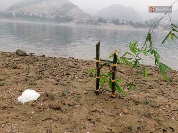 Người gác đền của đoạn sông nơi xảy ra vụ 8 học sinh đuối nước thương tâm: Xoáy nước sâu đến 5m, chảy êm nhưng rất khó nhận ra - Ảnh 3.