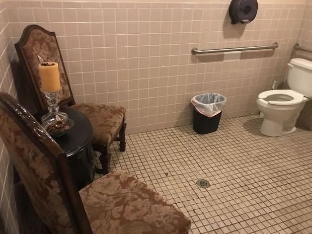 20 thiết kế nhà vệ sinh thảm họa khiến dân mạng thủ thỉ: Thôi, thà nhịn còn hơn - Ảnh 17.