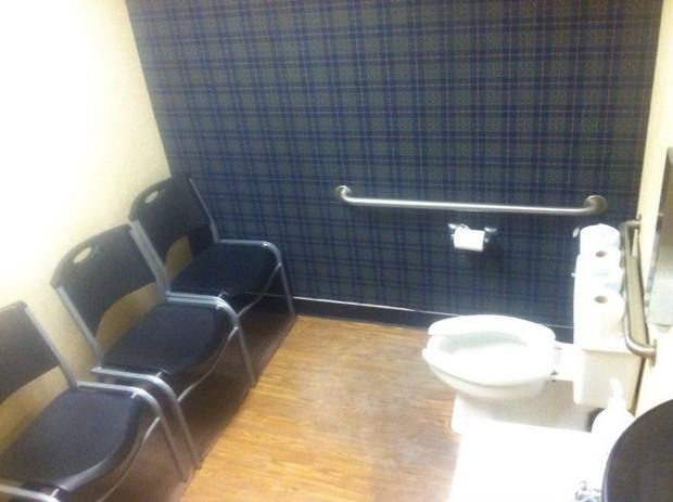 20 thiết kế nhà vệ sinh thảm họa khiến dân mạng thủ thỉ: Thôi, thà nhịn còn hơn - Ảnh 18.
