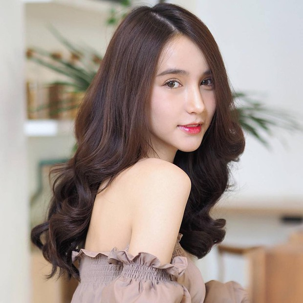 Soi mặt mộc của dàn mỹ nhân chuyển giới hot nhất Thái Lan: Nong Poy quá đỉnh, Yoshi đẹp tựa thiên thần đời thực - Ảnh 13.