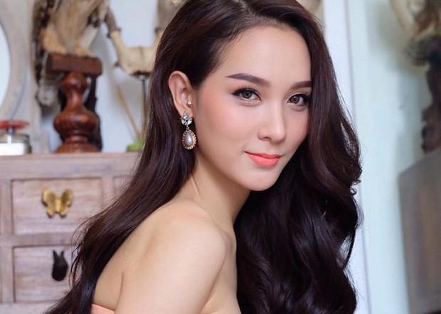 Soi mặt mộc của dàn mỹ nhân chuyển giới hot nhất Thái Lan: Nong Poy quá đỉnh, Yoshi đẹp tựa thiên thần đời thực - Ảnh 16.
