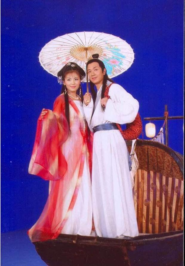 Netizen Trung chê Vu Mông Lung mặt rắn, Cúc Tịnh Y xài đồ taobao trong Tân Bạch Nương Tử Truyền Kỳ - Ảnh 6.