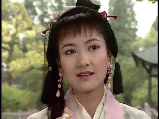 Netizen Trung chê Vu Mông Lung mặt rắn, Cúc Tịnh Y xài đồ taobao trong Tân Bạch Nương Tử Truyền Kỳ - Ảnh 11.