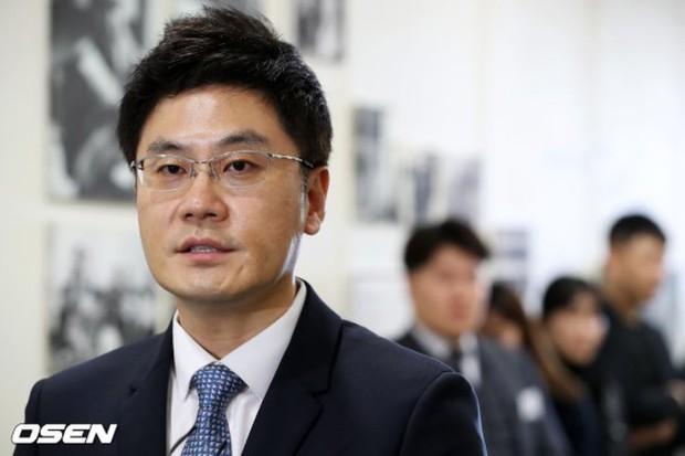 Kết quả cuộc họp cổ đông YG giữa bê bối Seungri: Liệu có cách chức CEO đương nhiệm hay không? - Ảnh 1.
