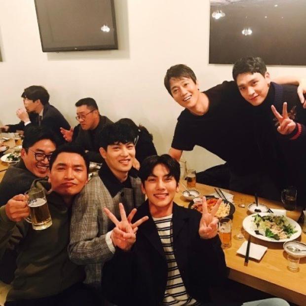 """SBS bất ngờ tiết lộ Ji Chang Wook là """"thế tử hộp đêm Arena"""" trong phim tài liệu về scandal chấn động Seungri - Ảnh 6."""
