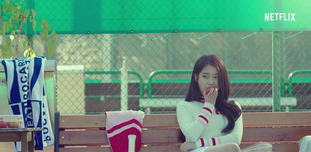 IU tung teaser một mình cân 4 vai, dàn diễn phụ còn có sao đình đám Bae Doo Na góp mặt - Ảnh 3.