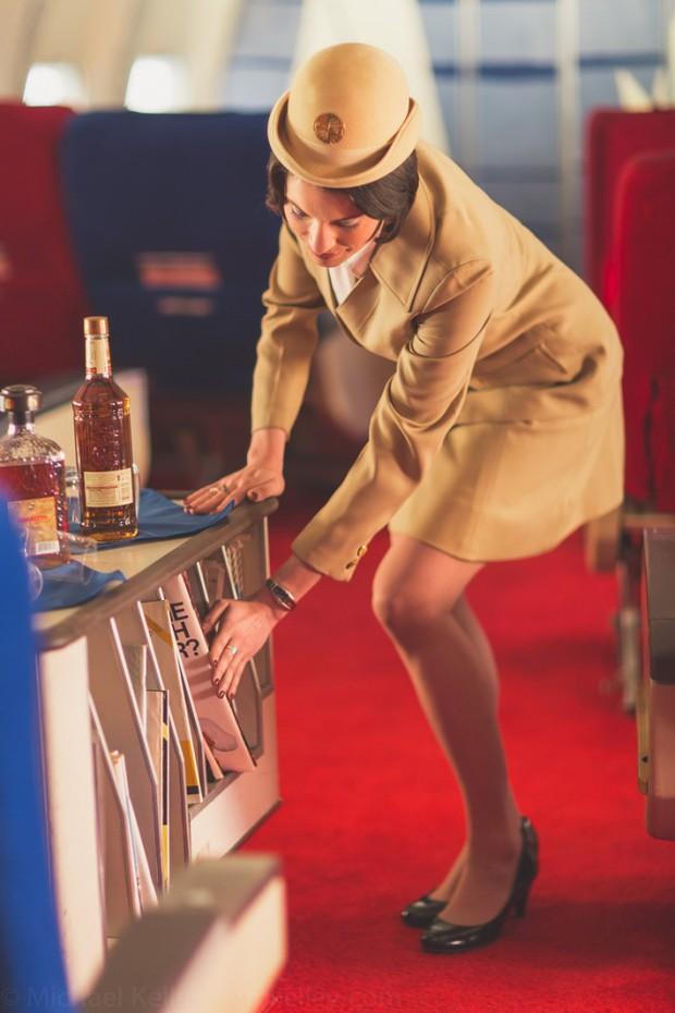 Trải nghệm hạng thương gia trên chiếc Boeing 747 theo phong cách retro: Giống như đang xem một bộ phim cổ điển! - Ảnh 4.