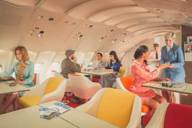 Trải nghệm hạng thương gia trên chiếc Boeing 747 theo phong cách retro: Giống như đang xem một bộ phim cổ điển! - Ảnh 14.