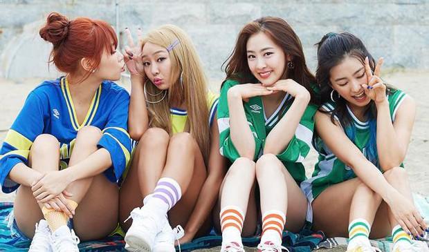"""10 girlgroup """"ẵm"""" nhiều cúp âm nhạc nhất: BLACKPINK mất hút, quán quân vẫn là 1 huyền thoại Kpop Gen 2 - Ảnh 4."""