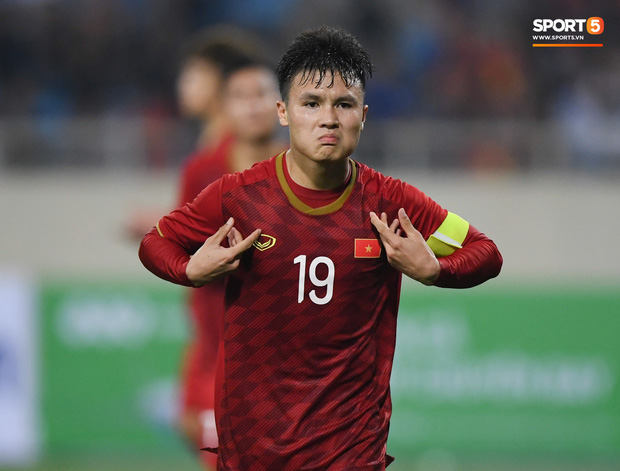 Quang Hải và tiền đạo Iraq được gọi là ngôi sao thế hệ mới của châu Á hứa hẹn toả sáng ở vòng loại World Cup - Ảnh 1.