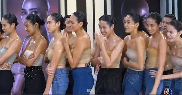 Anh chàng này có gì hấp dẫn mà lần nào khoe body cũng khiến các cô gái The Face Thailand trầm trồ? - Ảnh 2.