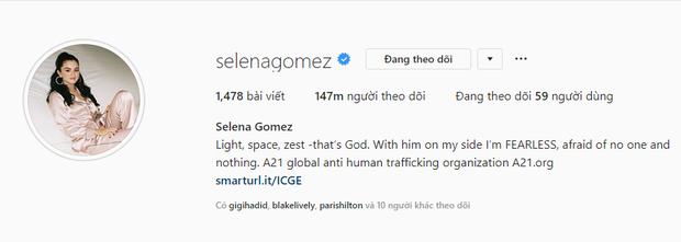 Bị Ariana Grande soán ngôi nữ hoàng Instagram nhưng Selena Gomez vẫn là thánh sống ảo bậc nhất vì lí do này - Ảnh 2.