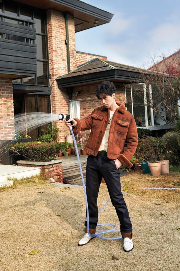 Vì sao fan của Produce X 101 cứ nằng nặc đề cử Host Lee Dong Wook cho vị trí... Center? - Ảnh 13.