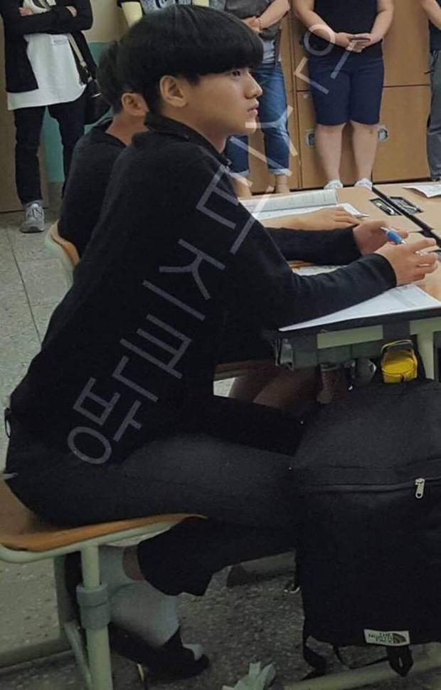 Vừa được tung hô về nhan sắc, mỹ nam Produce X 101 khiến fan vỡ mộng khi lộ ảnh quá khứ? - Ảnh 4.